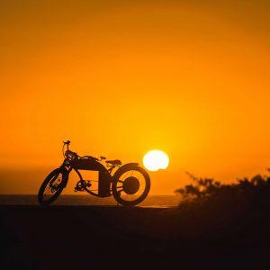 paisaje-bici-puesta-de-sol